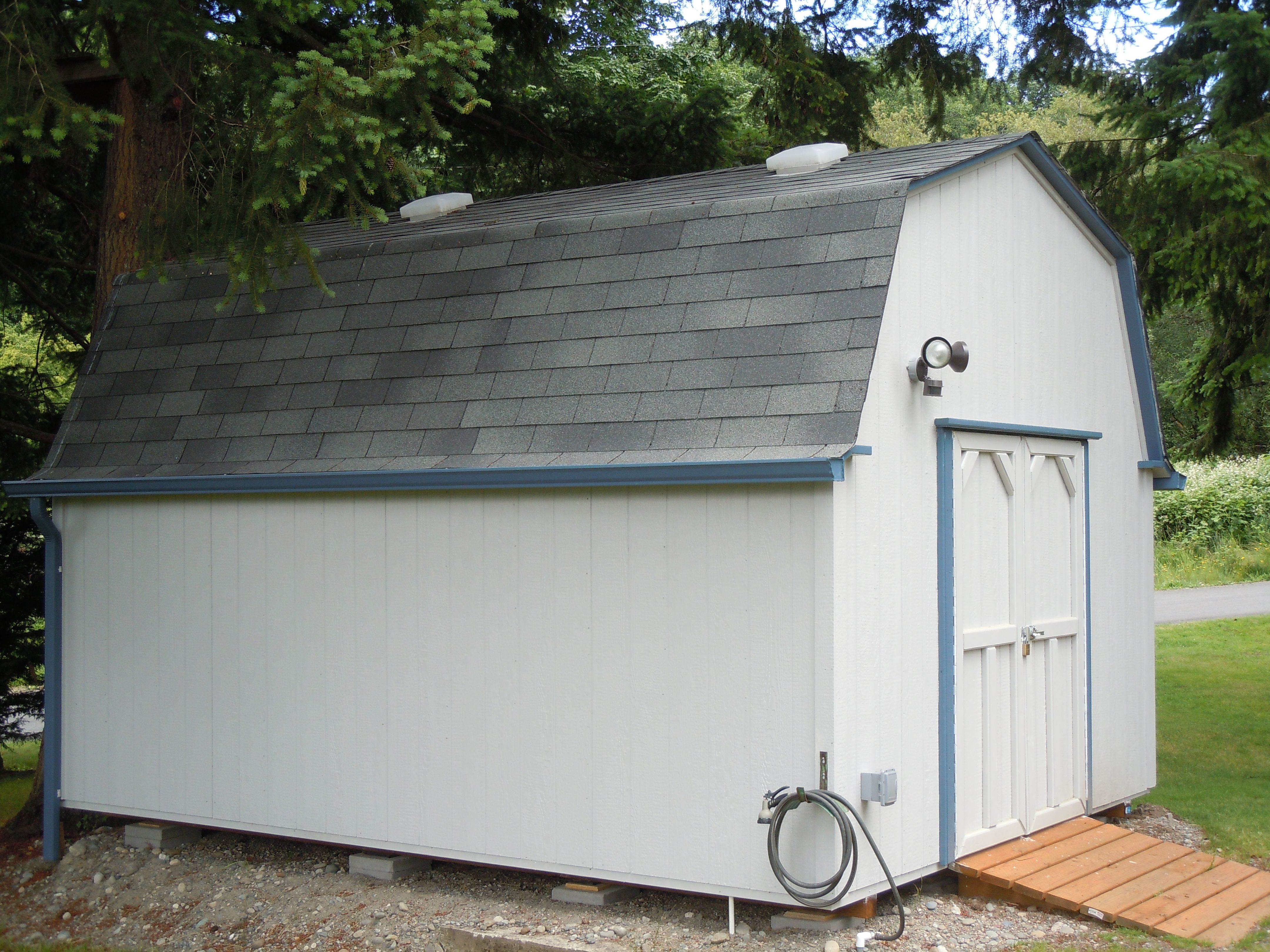 Barn Style With Two Clear Roof Vents Double Door Gutters And Ramp Storage Garden Shed Tool Shed Playhouse Craft Room Mother Play Houses Shed Barn Style