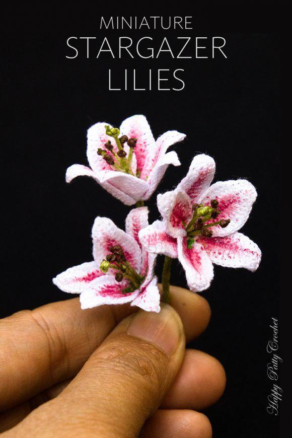Mini Stargazer Lily | Häkelblumen, Häkeln anleitung und Blumen