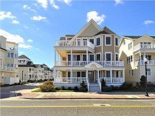 6 Bedroom 6 Bath Oceanfront Mini Mansion In Atlantic City Nj Vacation Rental In Atlantic City From Homeaway Vacation Vacation Rental House Rental Vacation