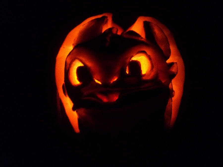Dragon Pumpkin | Toothless the Dragon by ~PoisonedRose12 on ...