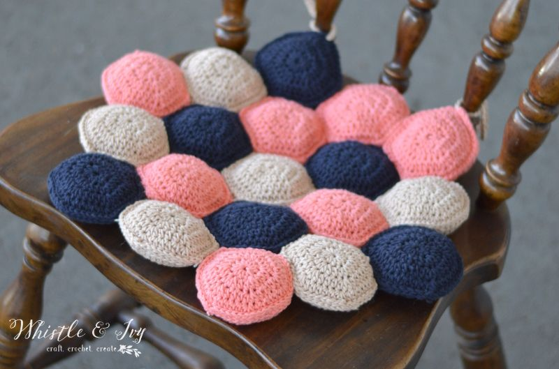 diy-crocheted-hexie-puff-seat-cushion-1 - Shelterness