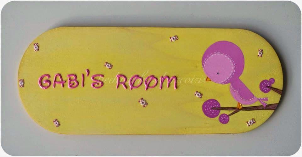 """Pedacinhos de Arco Íris: Placa """"Gabi's room"""""""