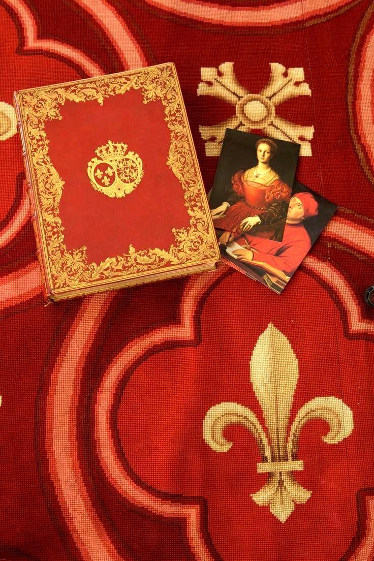 Pin by Arlene Martin on Fleur de Lis Red colour palette