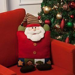 Almofada Natalina Noel Com Botas 50cm Orb Christmas Decoracao