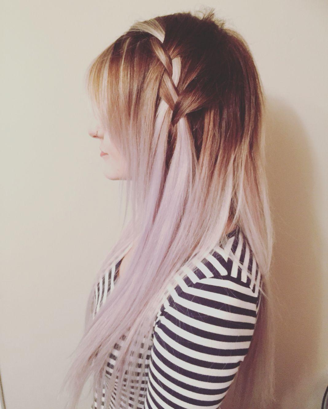 Ballayage Blond avec pastel violet and silver ash ballayage, soft side flow braid | hair