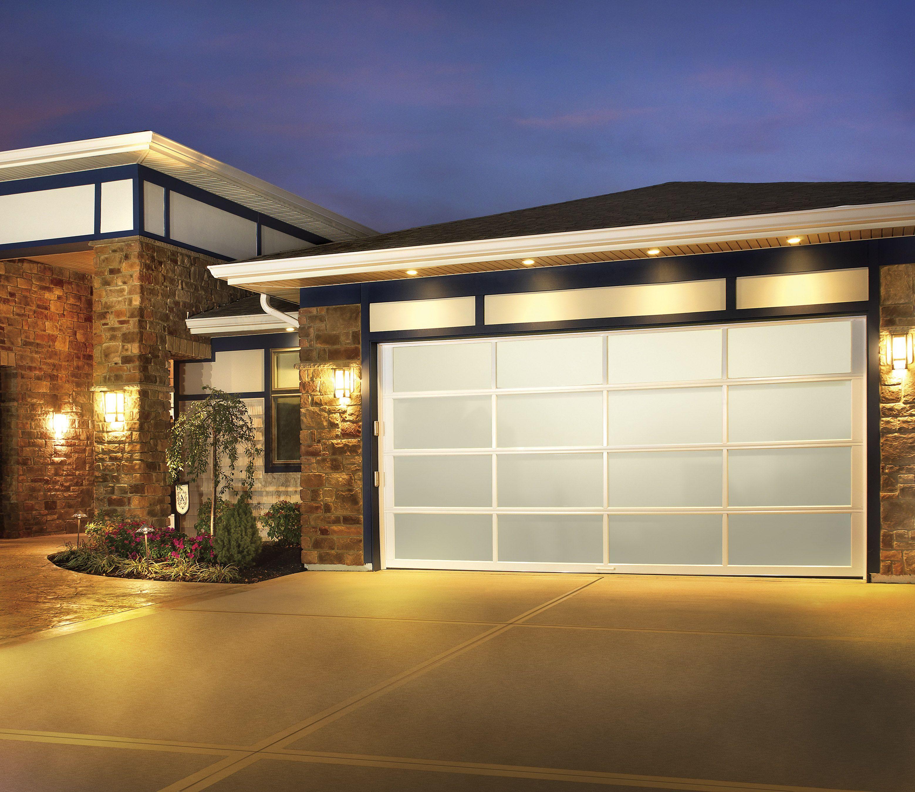 Avante Collection Great Design Beautiful Selection Garagedoor Overheaddoorofamerica Overheaddoors Contemporary Garage Doors Garage Doors Best Garage Doors
