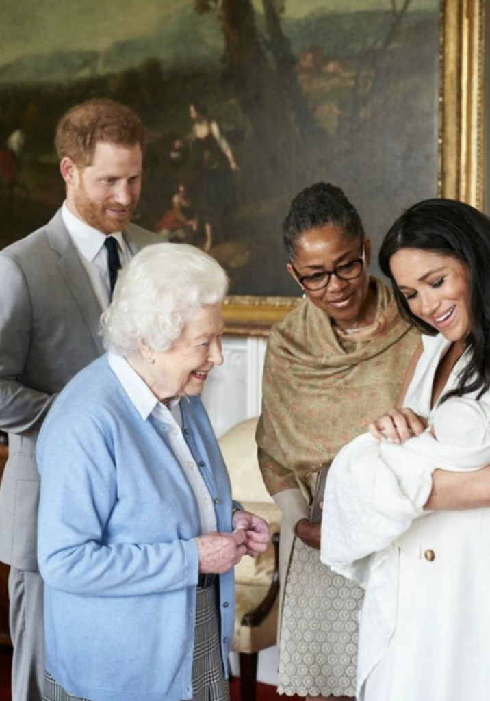 Meghan Markle S Cutest Moments With The Queen Dress Like A Duchess Meghan Markle Dad Prince Harry And Meghan Meghan Markle
