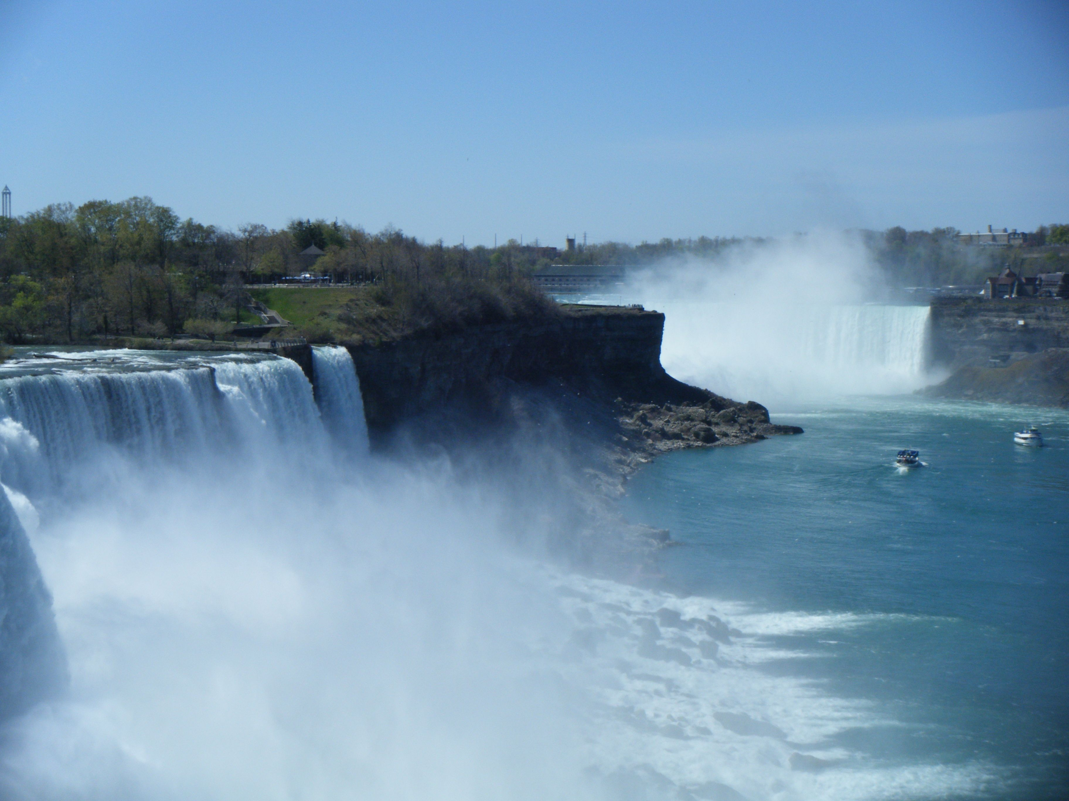 Niagara Falls Usa Ran A Marathon Here