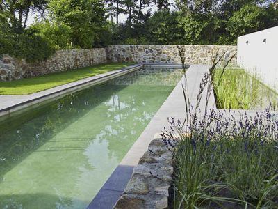 piscine naturelle piscines piscine couloir de nage et piscine spa. Black Bedroom Furniture Sets. Home Design Ideas