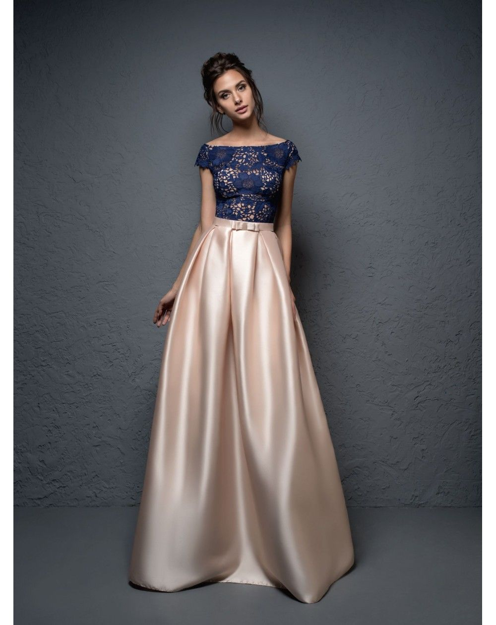 b9056547693b Dlhé spoločenské šaty z luxusného mikáda