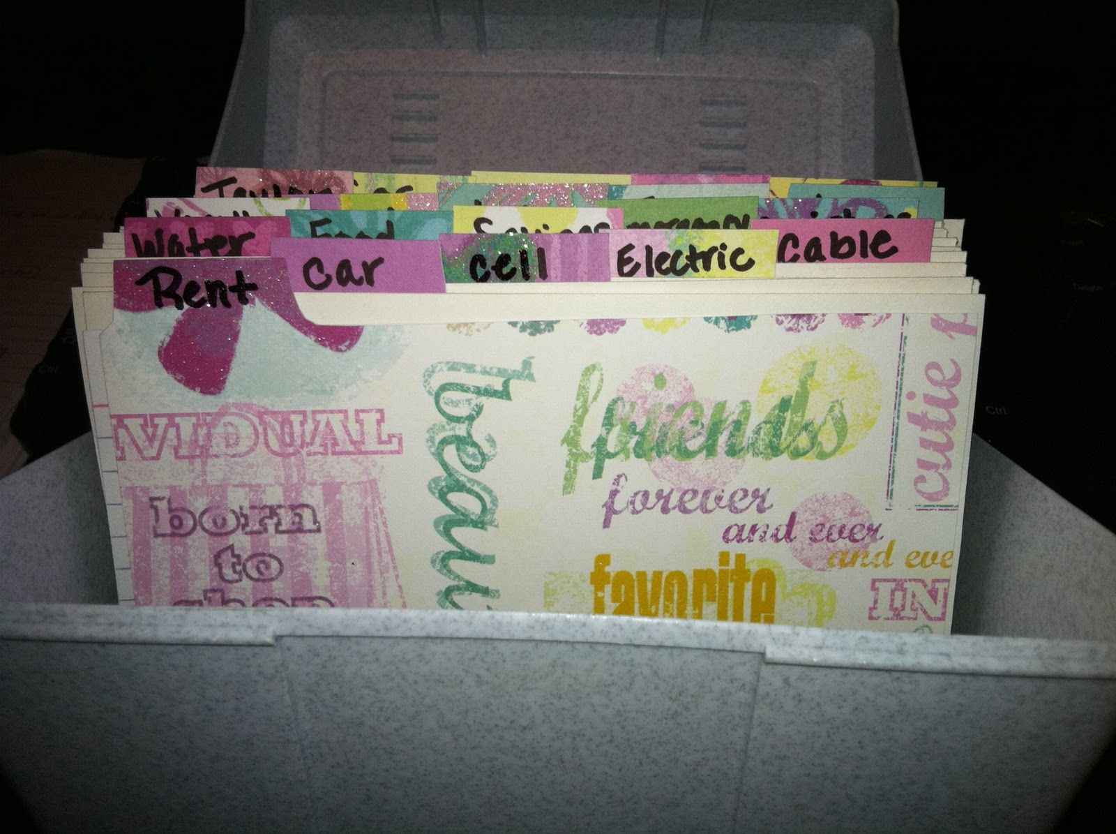 I Like How She Made Her Own Index Card Dividers Cute Diy Index Cards Diy Card Box Index Card Holders