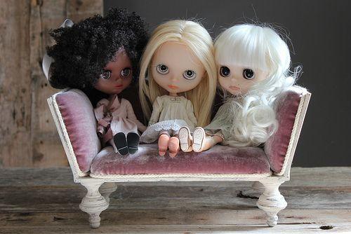 Three Blythes on a Sofa | Flickr - Photo Sharing!