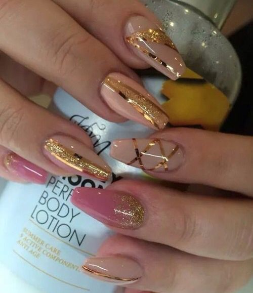 Cool Multiply Color Gold Strip Nails