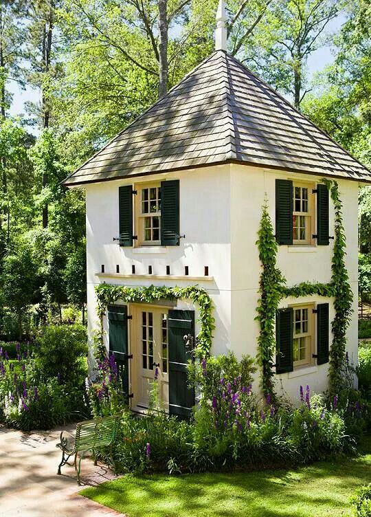 2 Story Backyard Guest Cottage House Exterior Small House Cottage