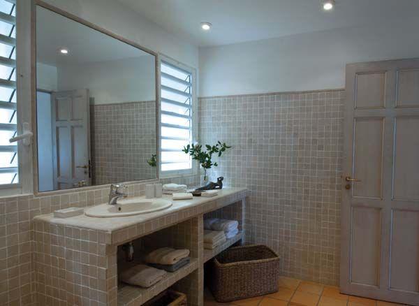 salle de bains Des idées pour rénover une salle de bains idée dco - petit carreau salle de bain