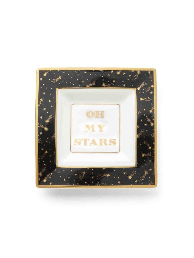 A shimmery print and pretty gold trim make this trinket tray a supercute catchall for jewelry and more. But don't just keep it to yourself—it makes a great gift, too.