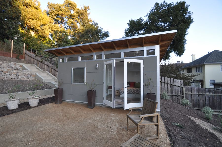 The Original Studio Shed From Simple Storage To Studio Spaces With Lifestyle Interiors It S The Backyard Prefab Guest House Backyard Guest Houses Studio Shed
