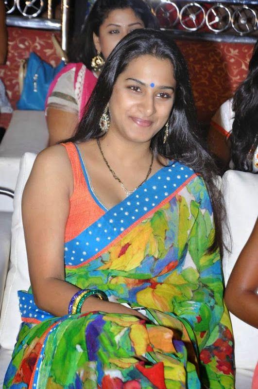 Telugu Actress Surekha Vani Hot Photos, Bio  Wiki -3270