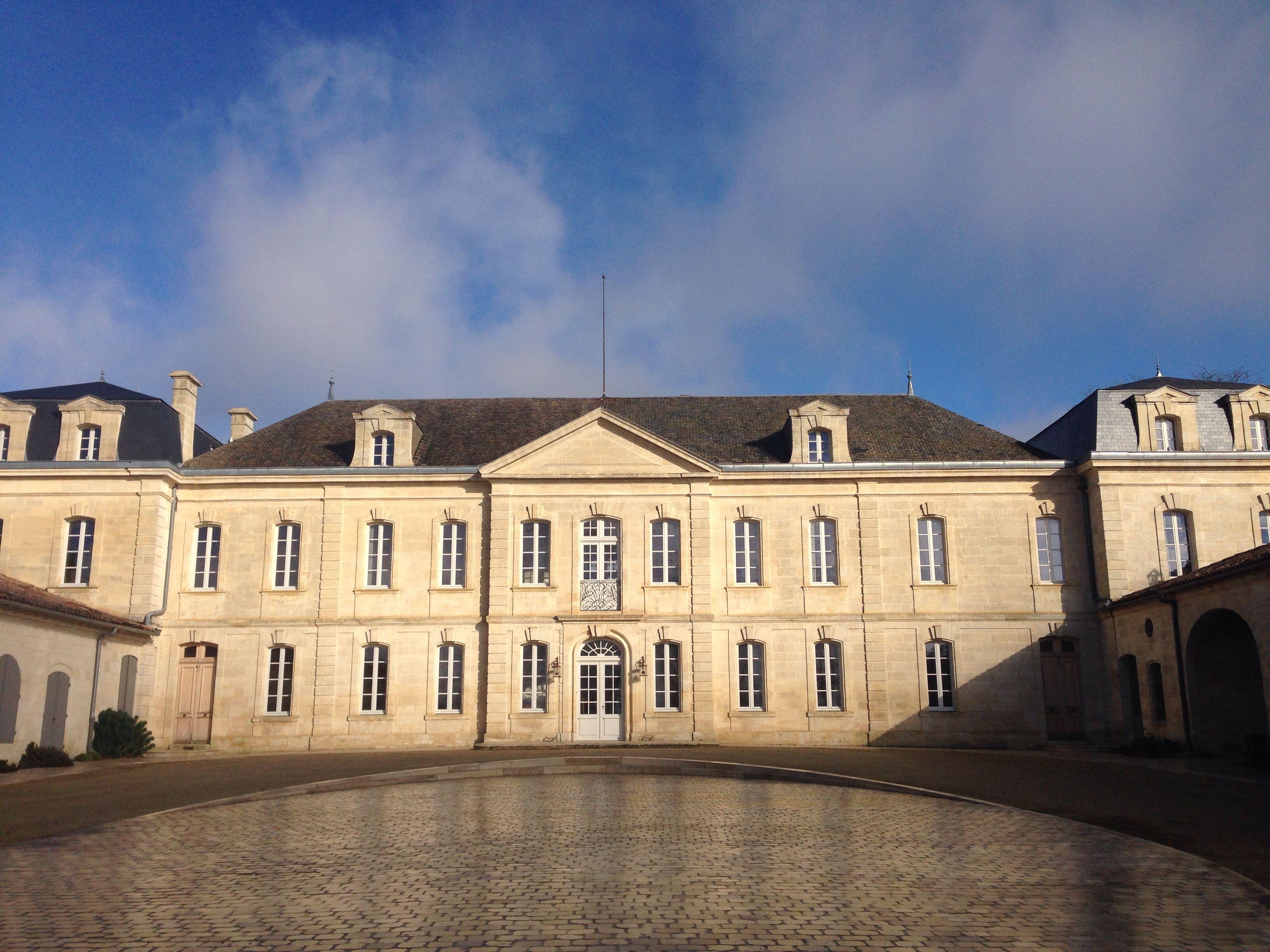 Сент-Эмильон и его изумительно красивые Замки ! :-) www.ru-france.com
