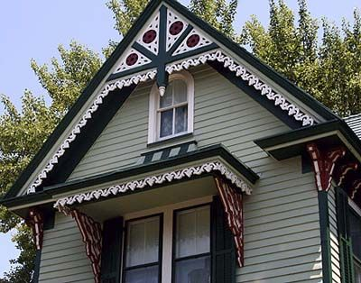 Gingerbread trim gingerbread and victorian house for Architectural gingerbread trim