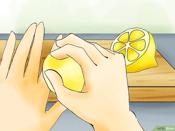 Come rimuovere le macchie di nicotina dalle dita