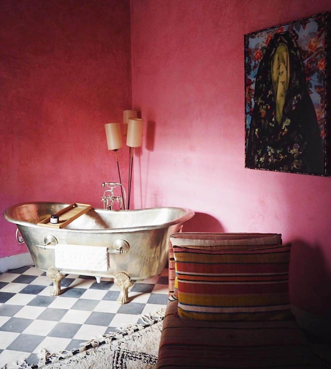 1 568 Likes  15 Comments   El Fenn Hotel Marrakech  elfennmarrakech  on  Instagram1 568 Likes  15 Comments   El Fenn Hotel Marrakech  . Red Light In Bathroom Hotel. Home Design Ideas