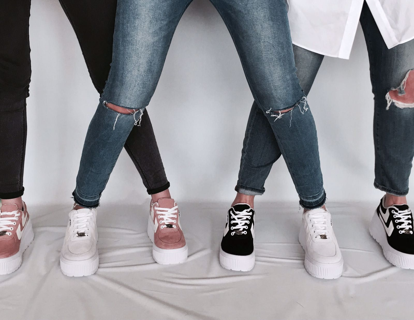 new style 56016 4a952  Deportivas Go Sexy Surwave de plataforma de máxima tendencia, perfectas  para combinar con jeans ripped o minis para un efecto de piernas infinitas!