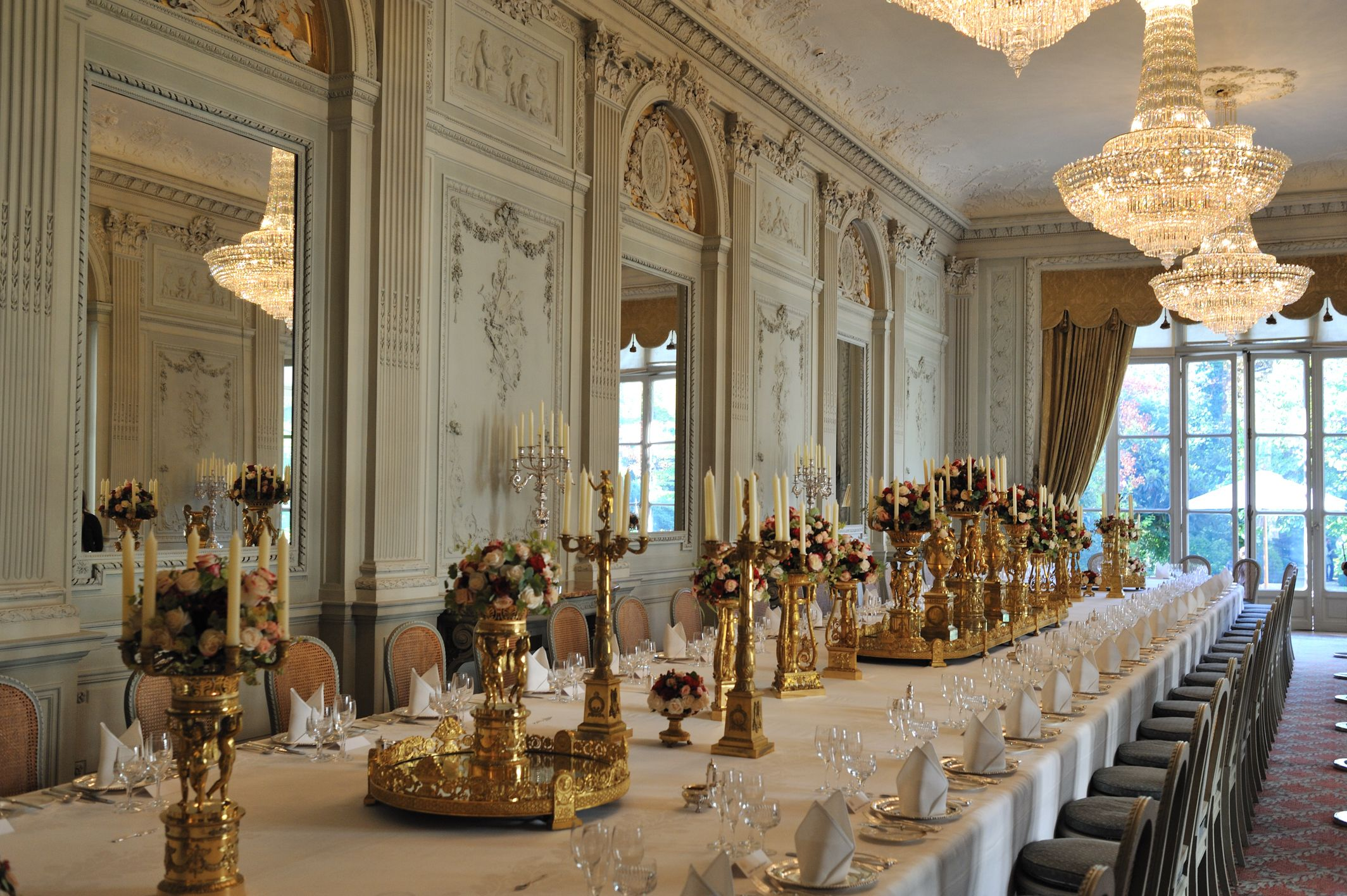 Dining Room Hotel De Paris