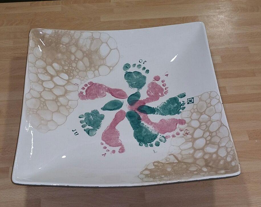 Geschenke zum Schulschluss oder Kindergarten  gemacht mit Blubberblasen und  Fussabdrücken bei Paint xour Style Wien 15