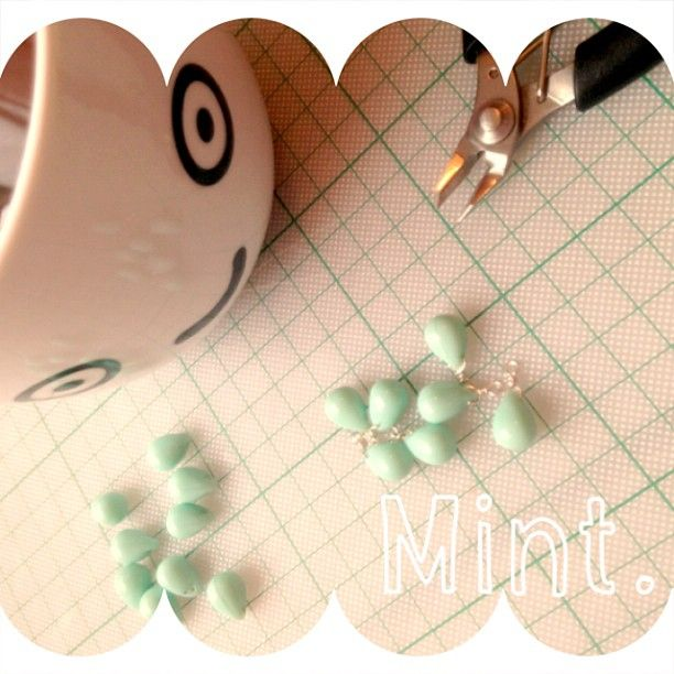 Mint. #happytears by Applepiepieces http://applepiepieces.com/shop/nl/collecties/happy-tears/happy-tear-ketting-minty.html