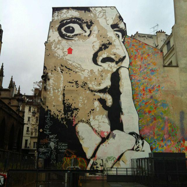 Street art Paris.