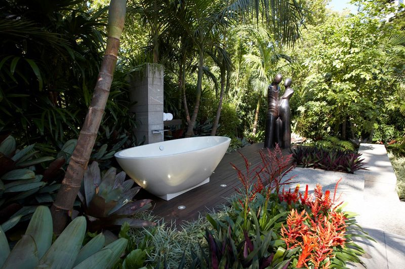 55+ Beautiful Outdoor Bathroom Ideas