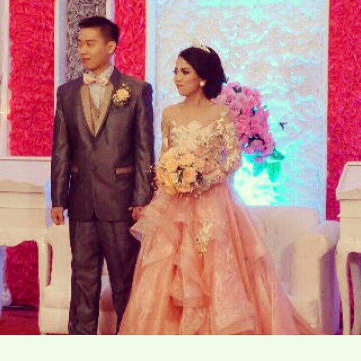 Photo of #kebaya #kebayapengantin #wisuda #graduation #wedding #dressoftheday #photoofthe…