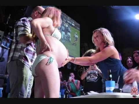 Ashton kutcher naked