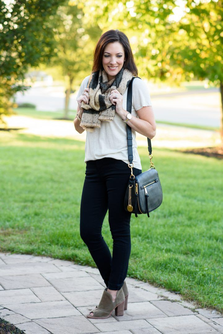 Pin on Summer Fashion and Outfit Inspiration for Women Over 40