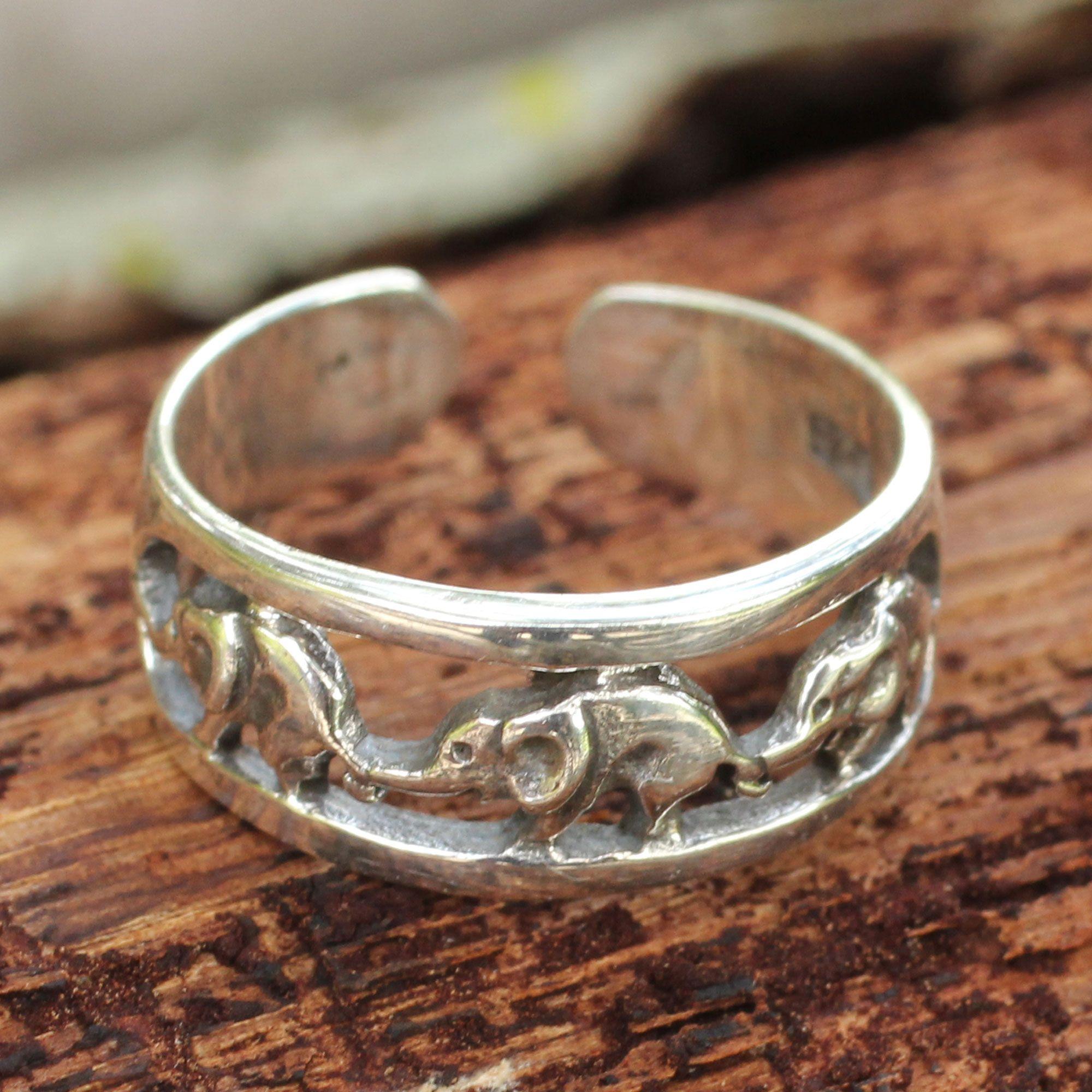 Thai Elephants Sterling Silver Toe Ring, 'Elephant Walk