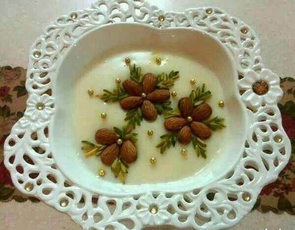 تزیین فرنی Persian Food Persian Desserts Food Decoration