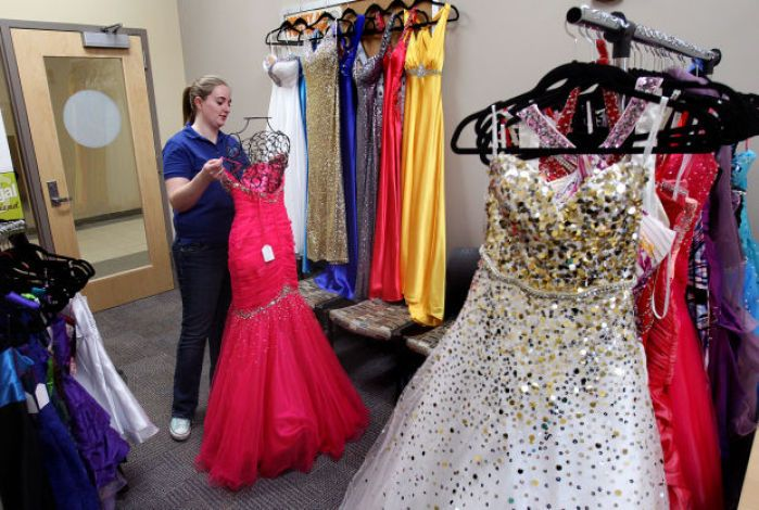 6dfe627d17b Boutiques That Sell Prom Dresses Near Me – All About The Dress A ...