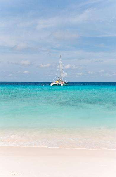 Dream away - Klein Curacao #interiorjunkie #island #summer #kleincuracao #travel #goodlife #islandlife #tropical