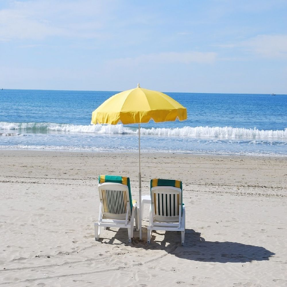 Details about BEACH CHAIRS YELLOW UMBRELLA OCEAN WAVES