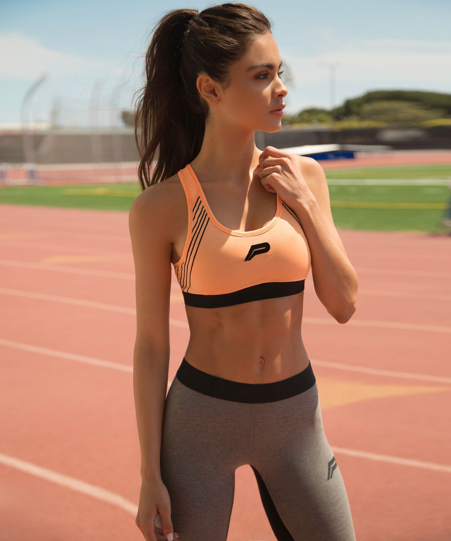 d9c7992c78 Sophia Miacova in the Pursue Fitness sports bra and leggings ...