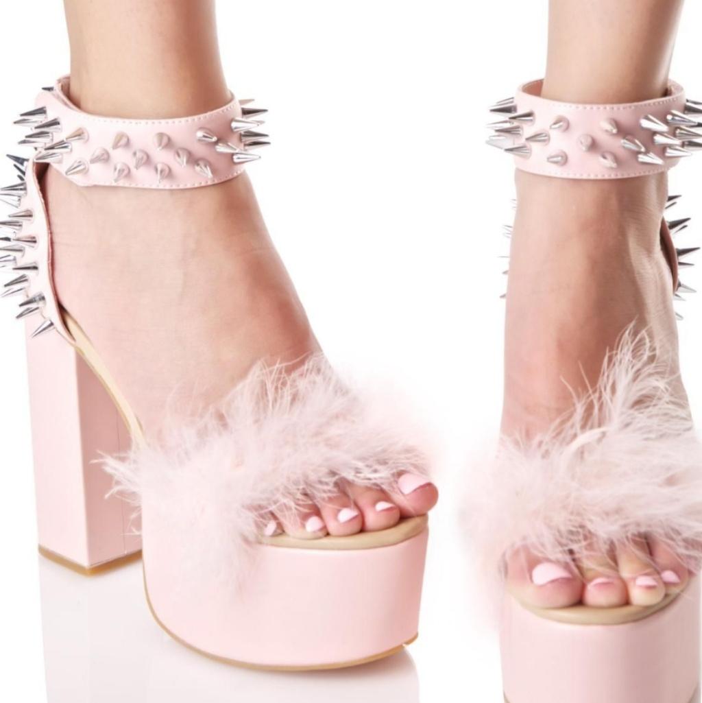 💟Sugar Thrillz Pink Rock Garden Fluffy
