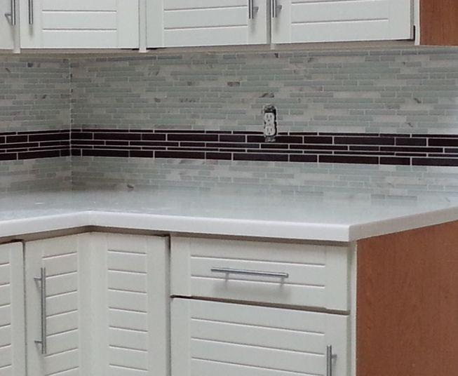 Stupendous Kitchen Backsplash Installation Using Glazzio Tiles Random Download Free Architecture Designs Scobabritishbridgeorg