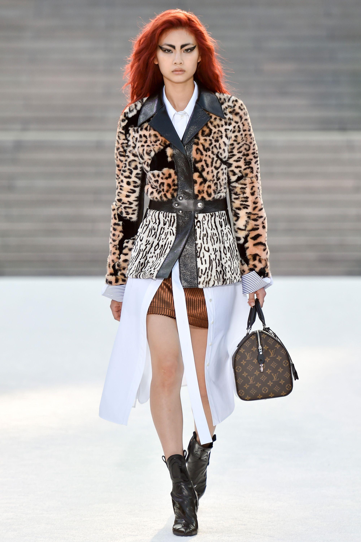 уже женские куртки весна фото луи виттон настоящего армянского коньяка