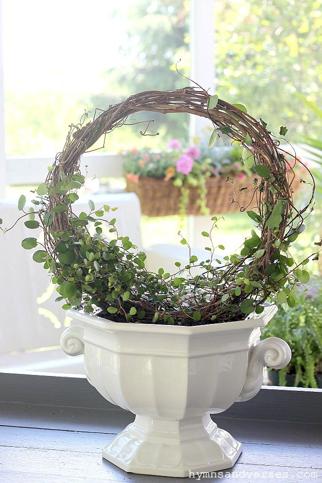 Photo of How to make an angel vine topiary – hymns and verses
