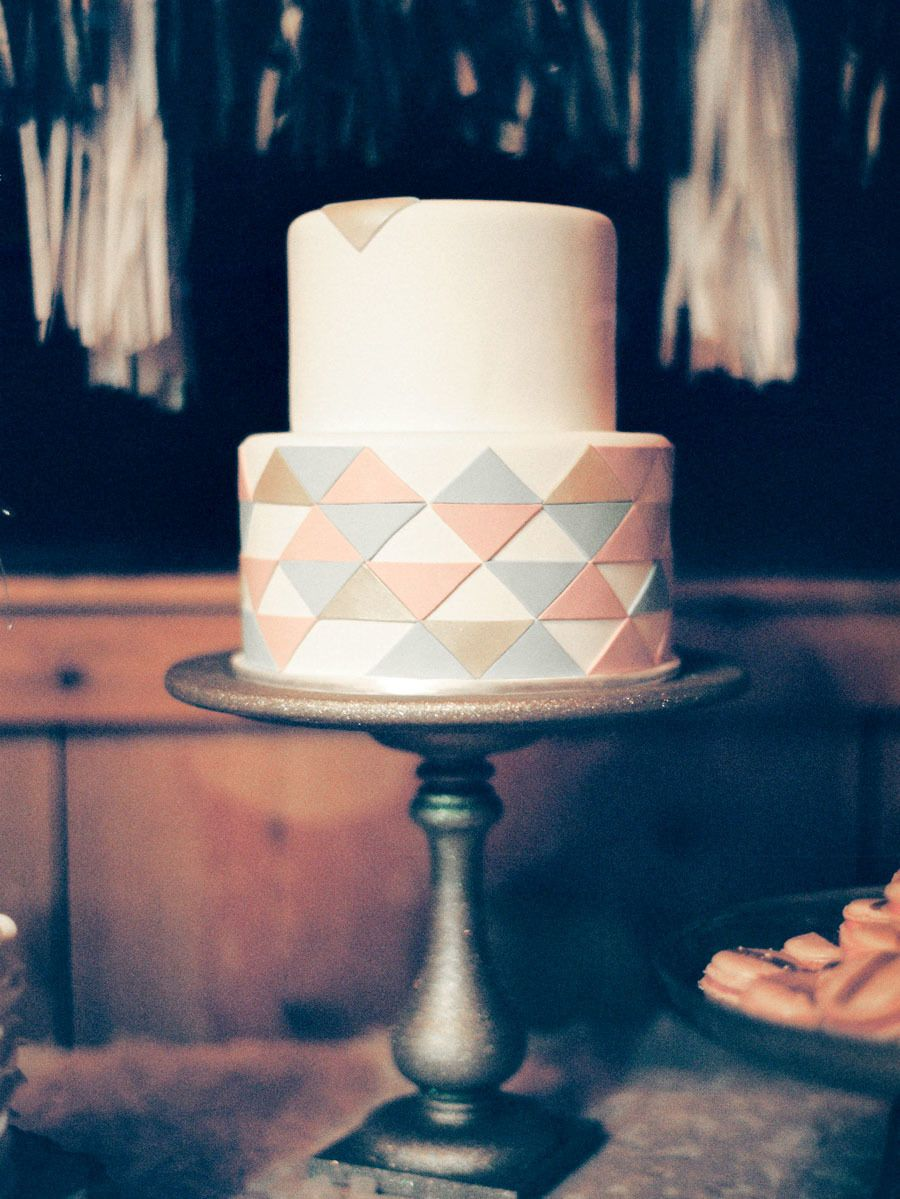 Colorado new years eve wedding at devilus thumb ranch cake buy