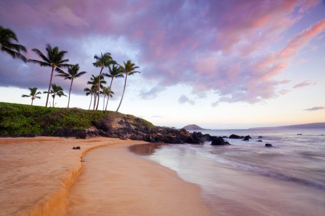 Here's When and Where to Take Your Warm Weather Vacation ...