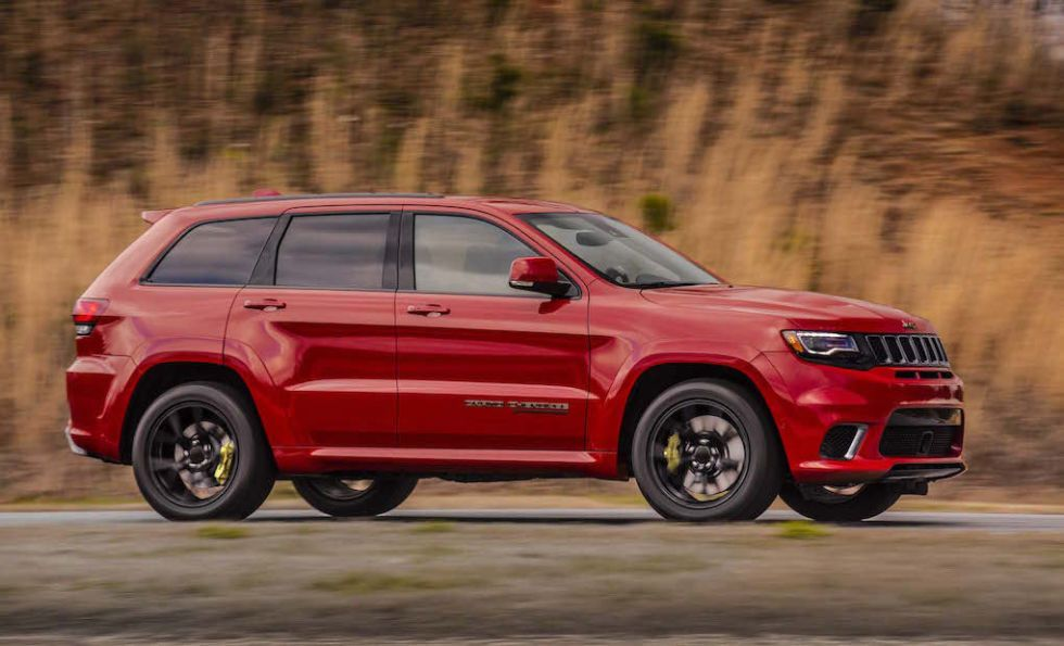 This Is The 707 Horsepower Hellcat Powered Jeep Grand Cherokee Trackhawk Jeep Grand Cherokee Jeep Grand Car Wheels