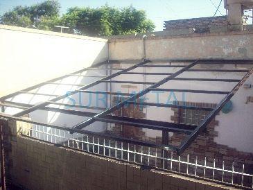 Techos de policarbonatos susy pinterest techos de for Cubiertas transparentes para techos