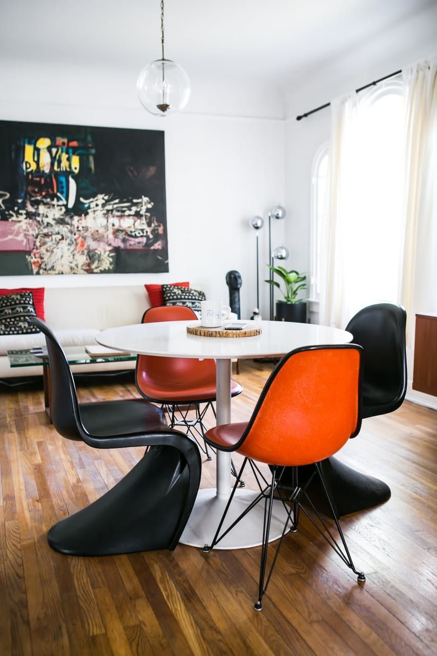 A Collector S Hollywood Bachelor Pad House Tour Apartment Therapy
